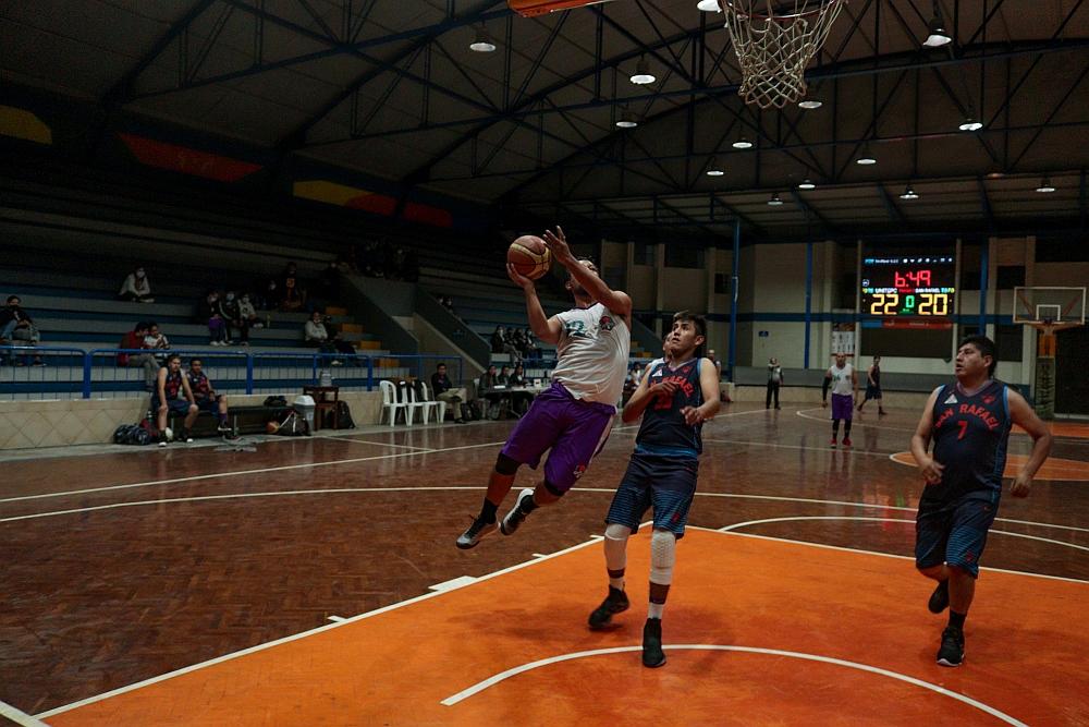 Torneo de Baloncesto – UNITEPC vs San Rafael